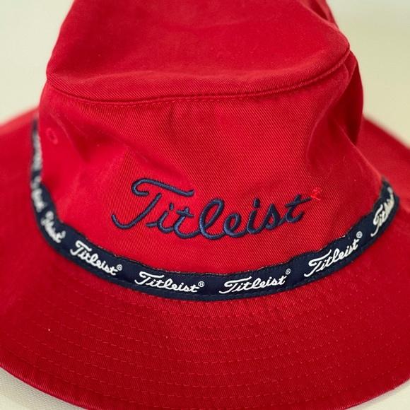 Vintage Titlest Bucket Hat Size Small